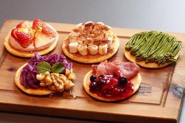 5種のカラフルパンケーキプレート
